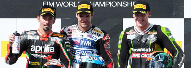 425_r01_race2_podium